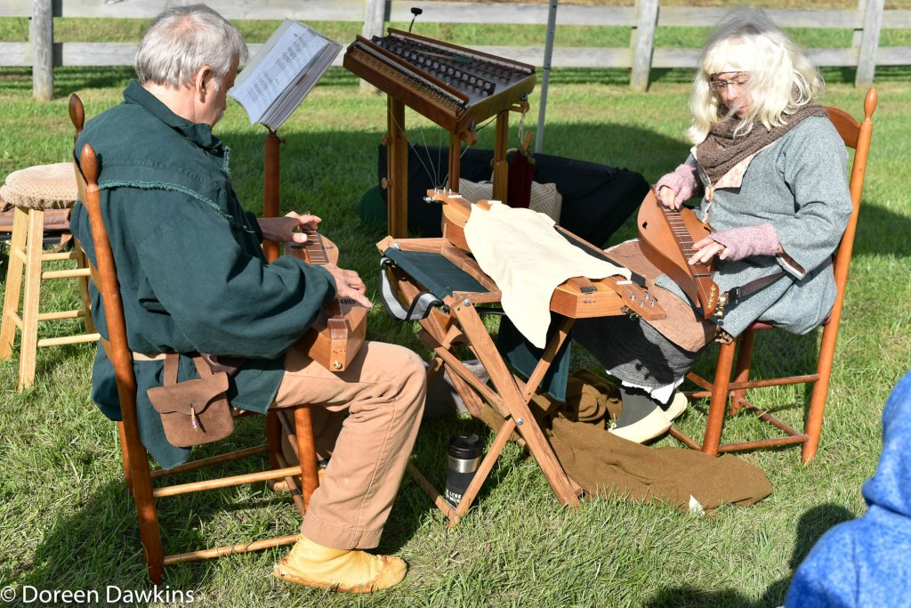 Mountain or Appalachian dulcimers at the Harvest Moon Festival 2018