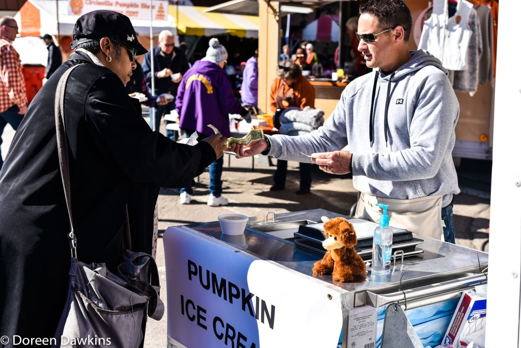 Circleville Band boosters Ice cream, Circleville Pumpkin Show 2018