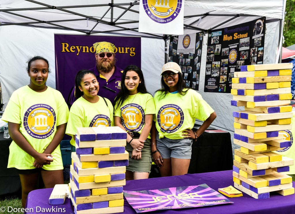 Members of the Reynoldsburg High School student council, Reynoldsburg Tomato Festival 2019