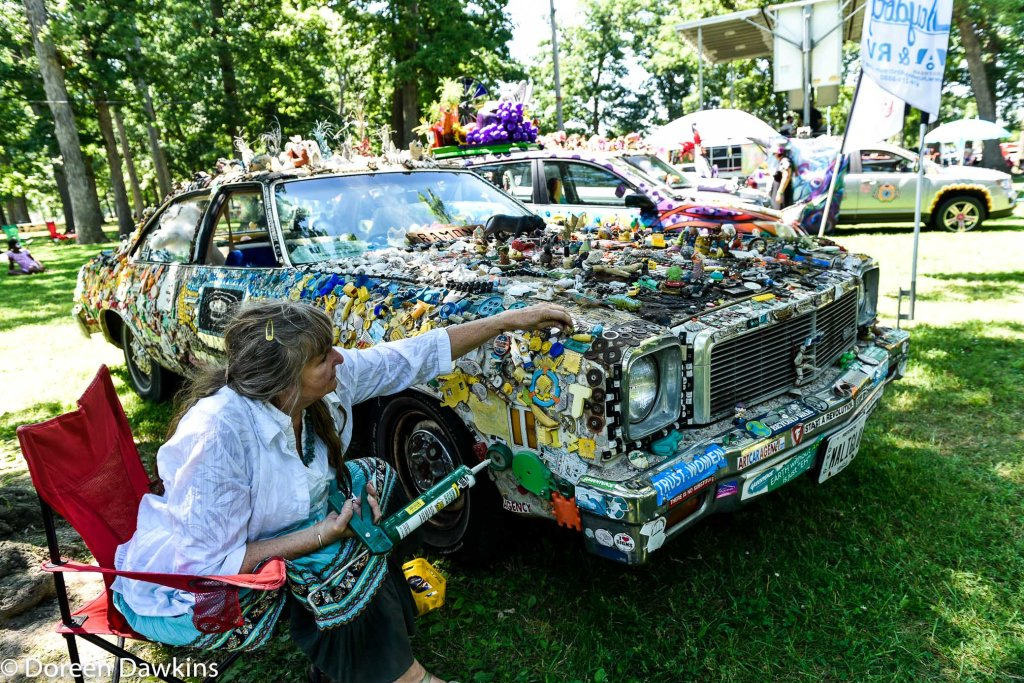 Ramona Moon and her art car, Summer Jam West 2019