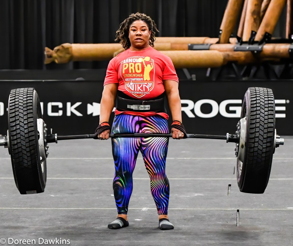 Pro Strongwoman Andrea Thompson Tire Deadlift, Arnold Sports Festival 2020