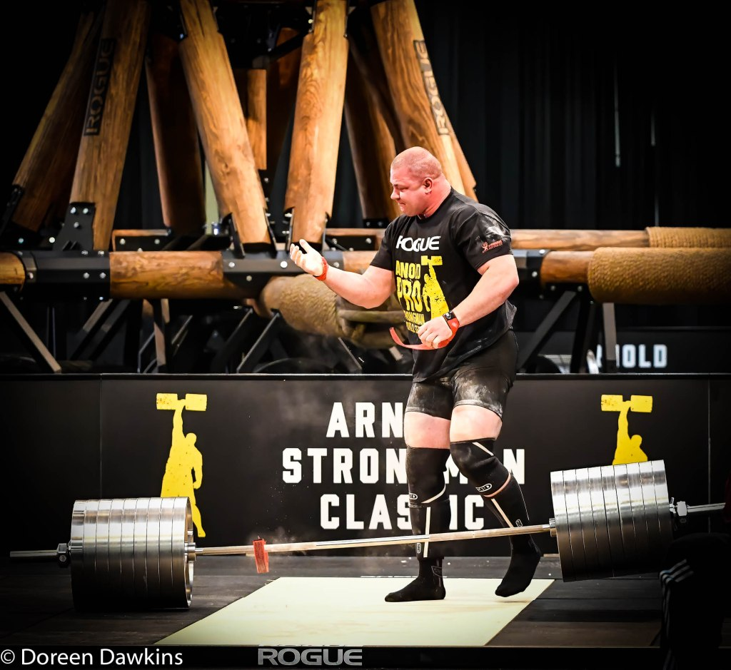 Pro Strongman Mateusz Kieliszkowski strap fail, at the Arnold Sports Festival 2020: Arnold Strongman Classic 2020: Elephant Bar Deadlift
