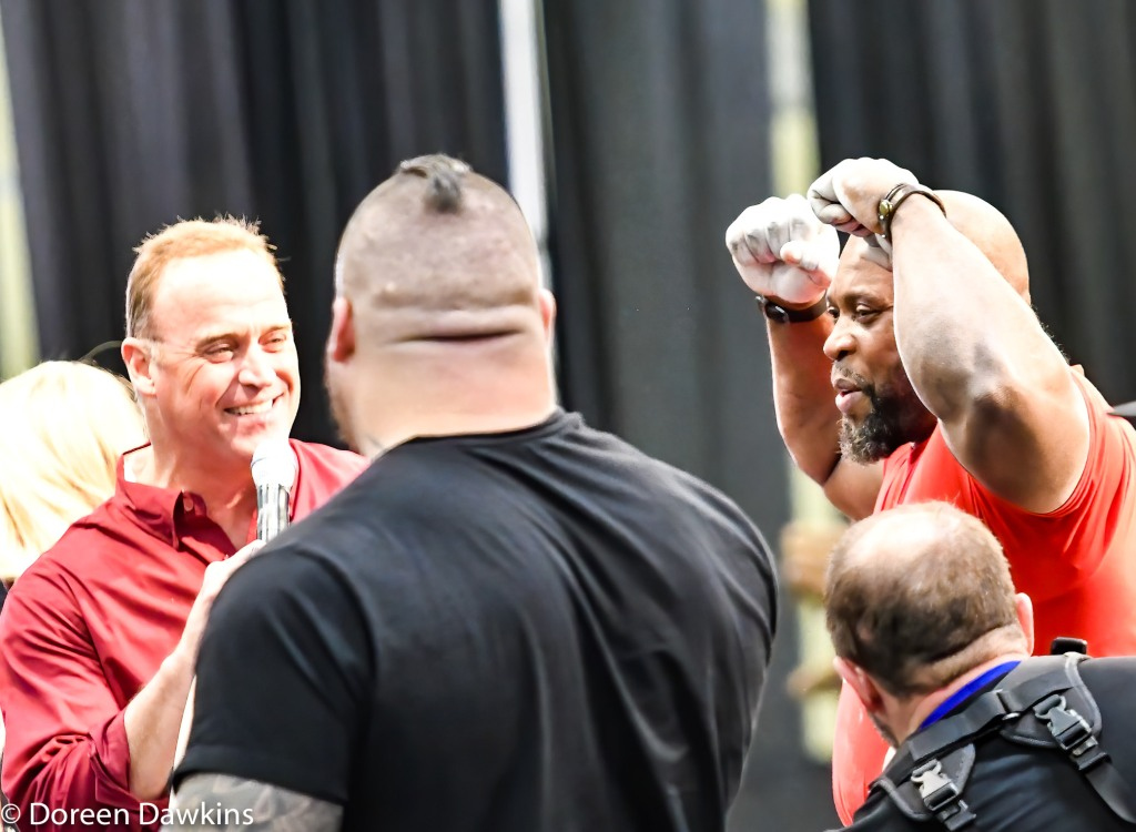 Mark Felix Dinnie Stone Hold record breaker (34 seconds) at the Arnold Sports Festival 2020